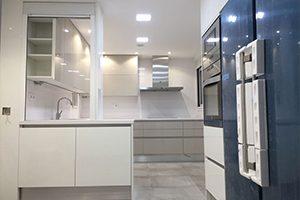 Muebles de cocina en Tarragona - IRISAL - Puertas, parquets ...